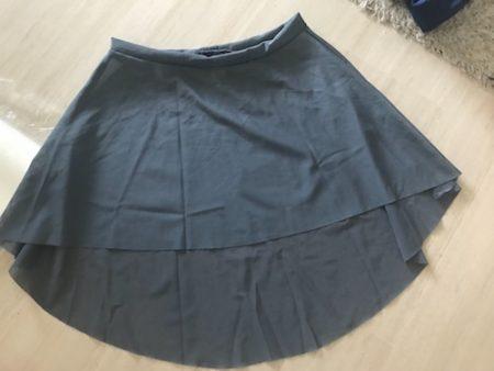 Short-pull-on-mesh-skirt